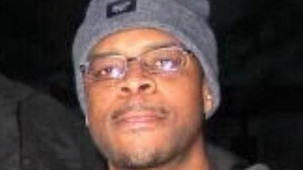 Афроамериканец из Чикаго провел в тюрьме 23 года по подложному обвинению