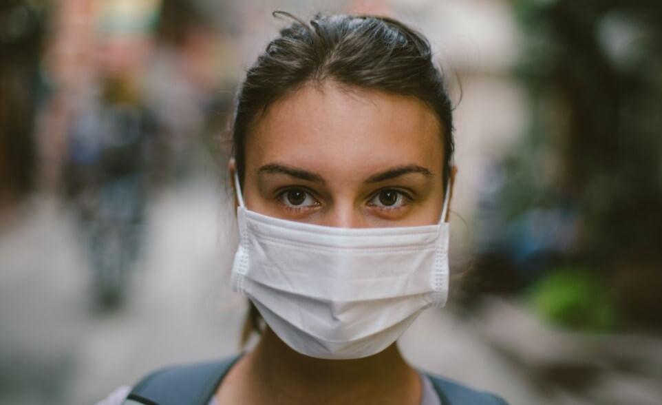 Что страшного произойдет, если долго не менять медицинскую маску?