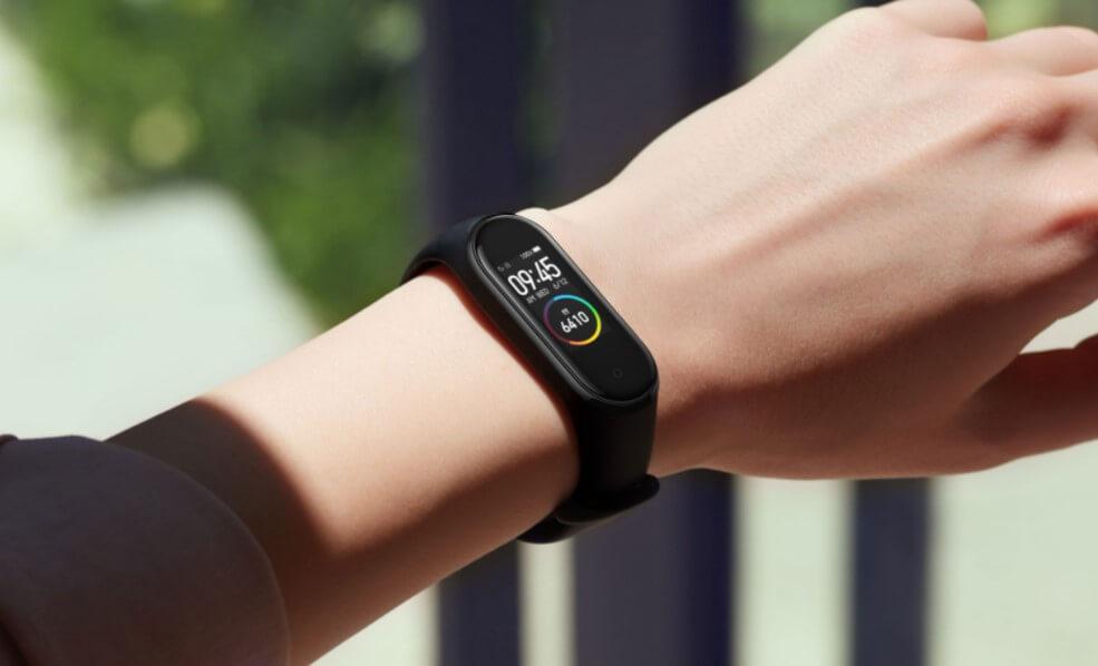 Разработан способ зарядки «умных» часов не снимая их с руки