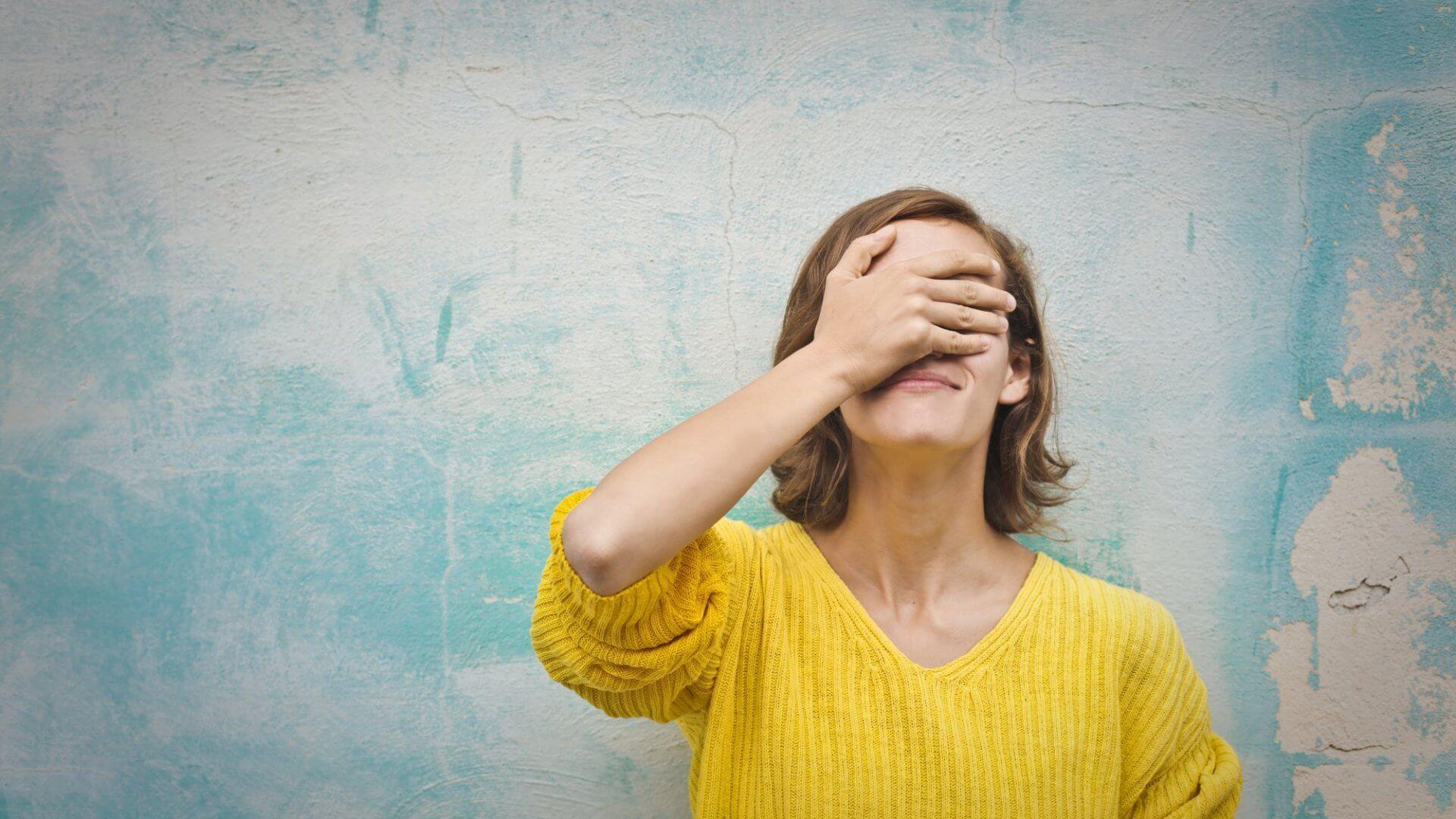 Признавать свои ошибки тяжело. Но почему?