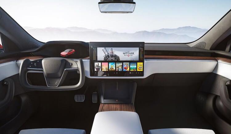 Как Tesla Model S превратили в «космический корабль»