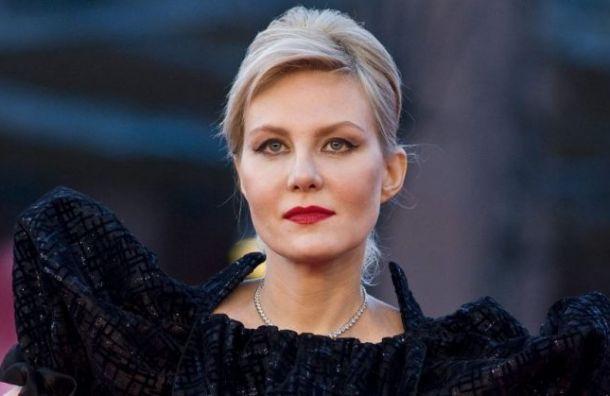 Рената Литвинова заразилась коронавирусом