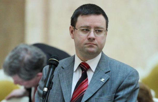 Кобринский подал в суд на автора 'Холода' после текста о домогательствах