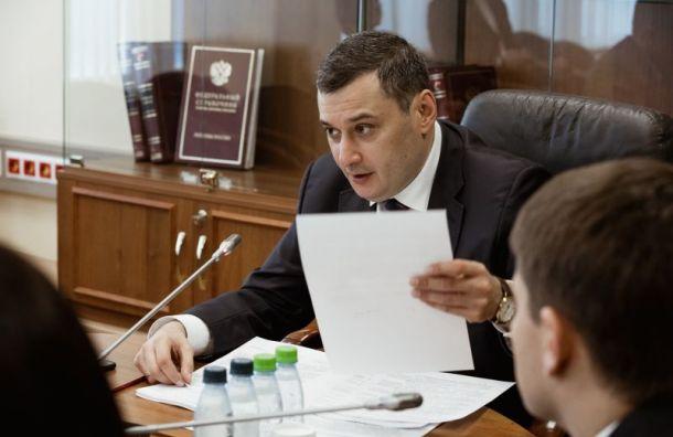 Депутат Хинштейн отзывает запрос и просит не увольнять полицейского