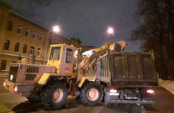 После новогодней ночи в Петербурге убрали 167 кубометров мусора