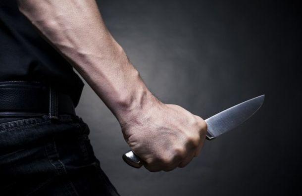 Подсобный рабочий исполосовал ножом свою жену