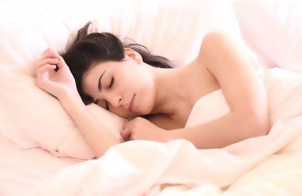 Недостаток сна повышает вероятность подхватить коронавирус