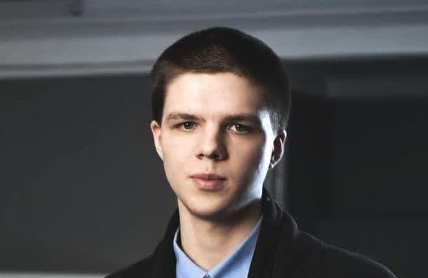 После задержания на акции в Петербурге пропал 22-летний программист