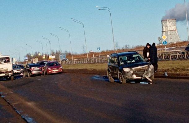 Массовое ДТП затруднило движение по улице Маршала Казакова