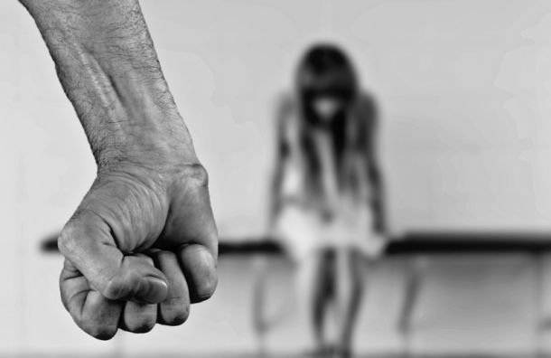 Пандемия обострила ситуацию с домашним насилием в Петербурге