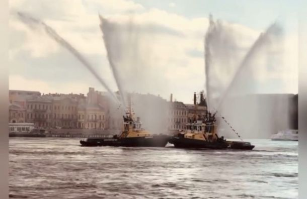 Как в Петербурге открылся туристический сезон