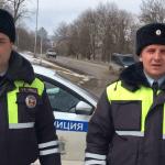 Из горящего дома вытащили полицейские бабушку под Кисловодском