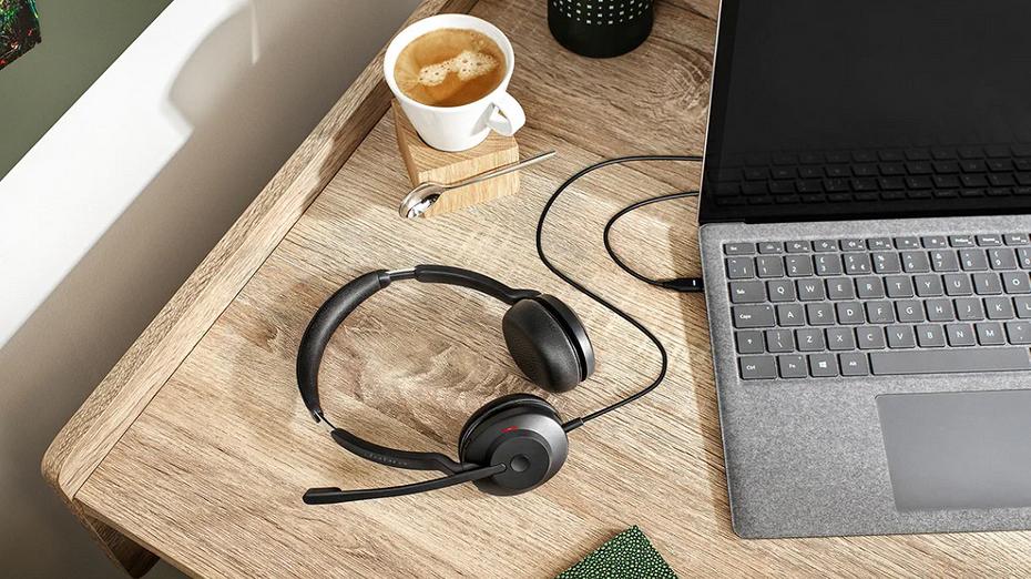 Jabra представила новую гарнитуру Evolve2 30 для 'удаленщиков' и сотрудников офиса