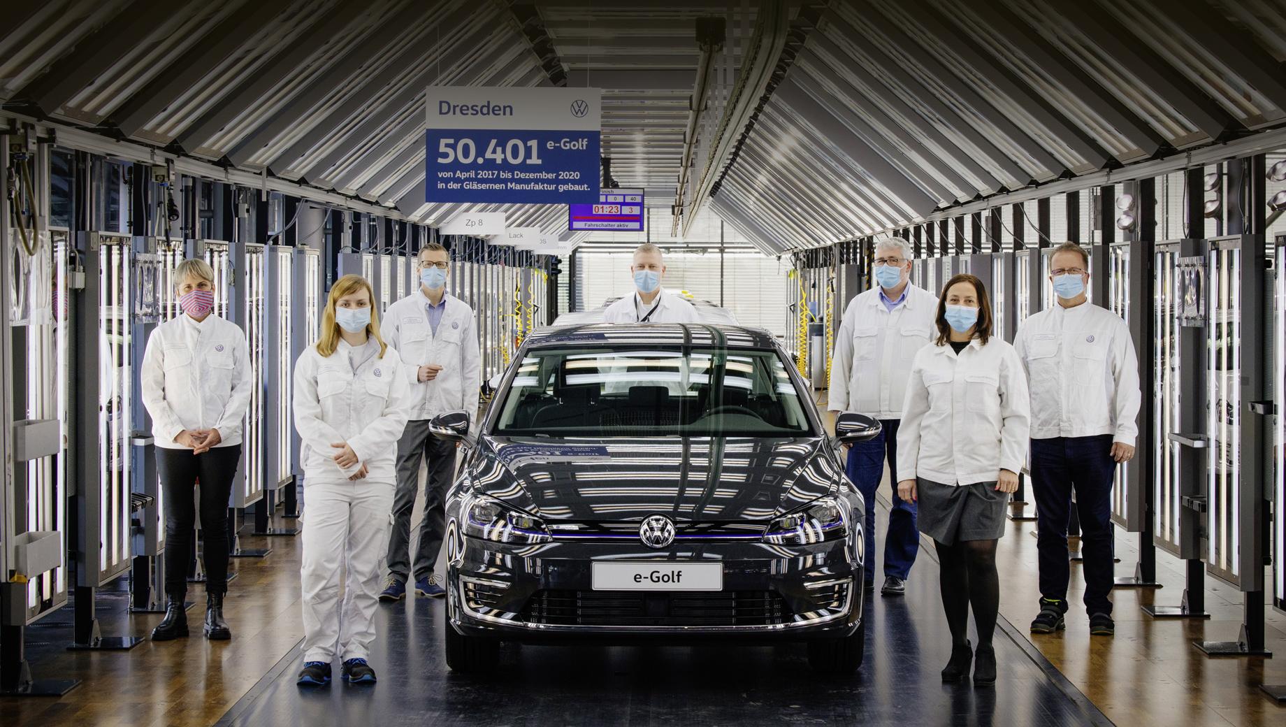 Компания Volkswagen попрощалась с моделью e-Golf