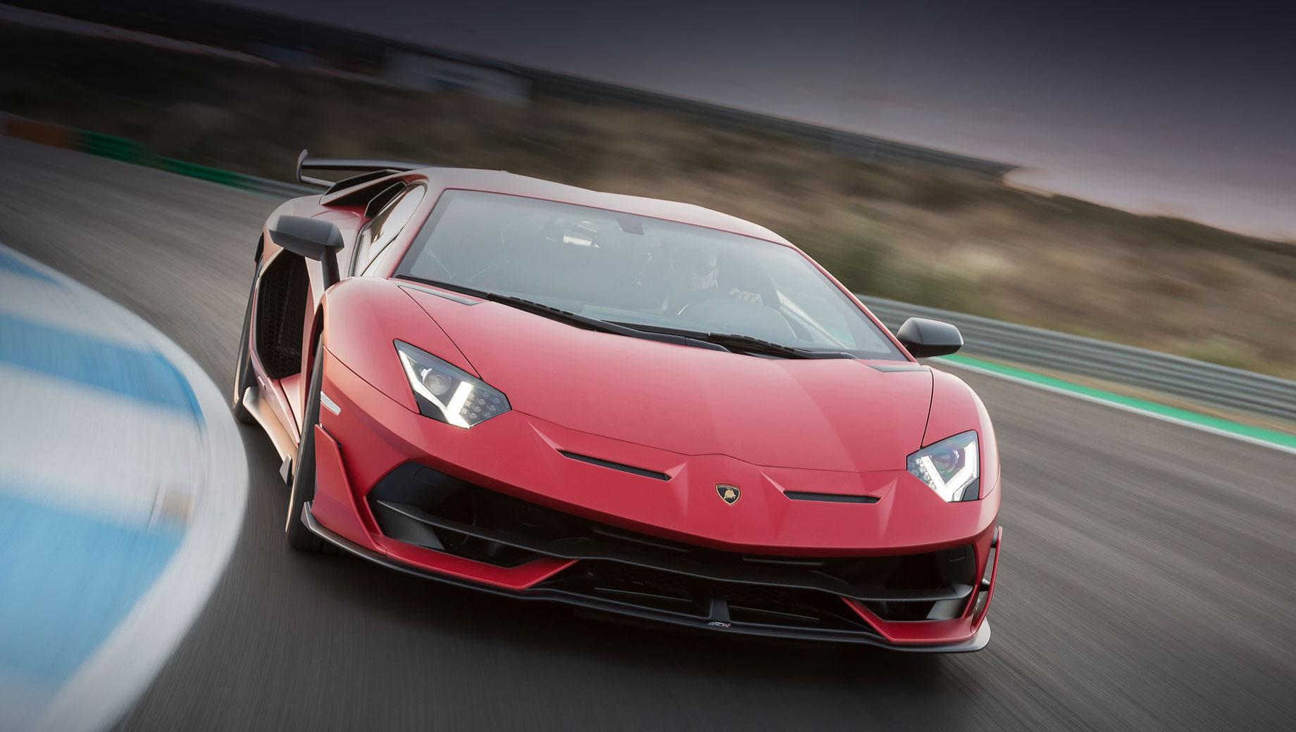 Фирма Lamborghini предпочтёт скорости управляемость