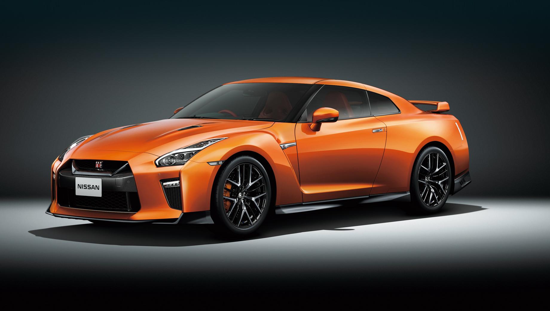 Преображённый Nissan GT-R станет умеренным гибридом