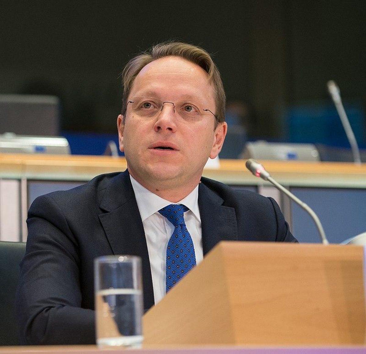 Требовал закрыть 'Миротворец': венгерского еврокомиссара внесли в список 'врагов Украины', а затем удалили