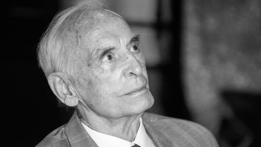 Стало известно о предсмертном желании Василия Ланового