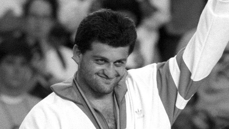 Олимпийский чемпион умер в возрасте 49 лет