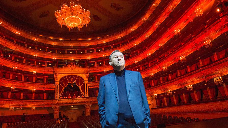 Урин попросил работников Большого театра привиться от коронавируса