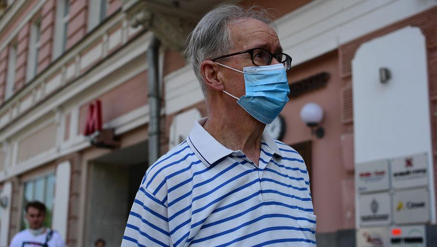 В Москве от коронавируса привились около 400 тысяч пенсионеров