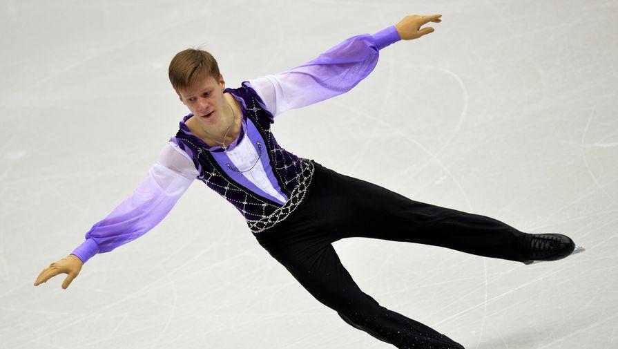 Фигурист Ерохов лидирует после короткой программы на этапе Кубка России