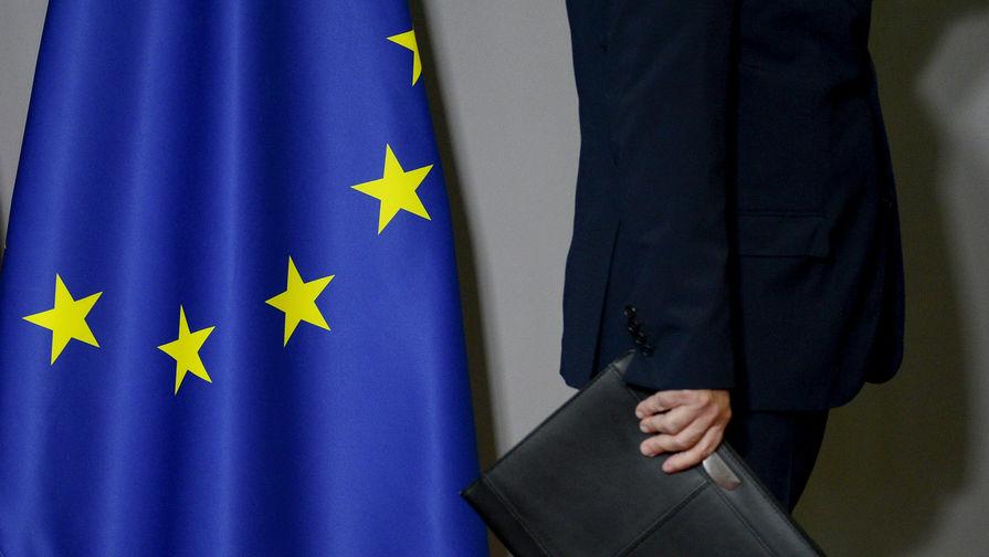 Bloomberg: посол ЕС призвал изменить подход к России