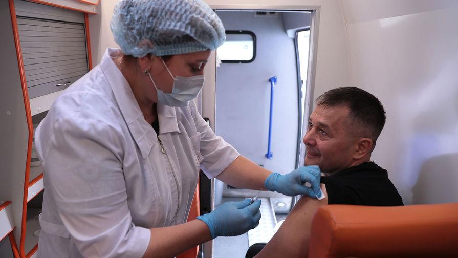 190 тысяч москвичей привились от коронавируса