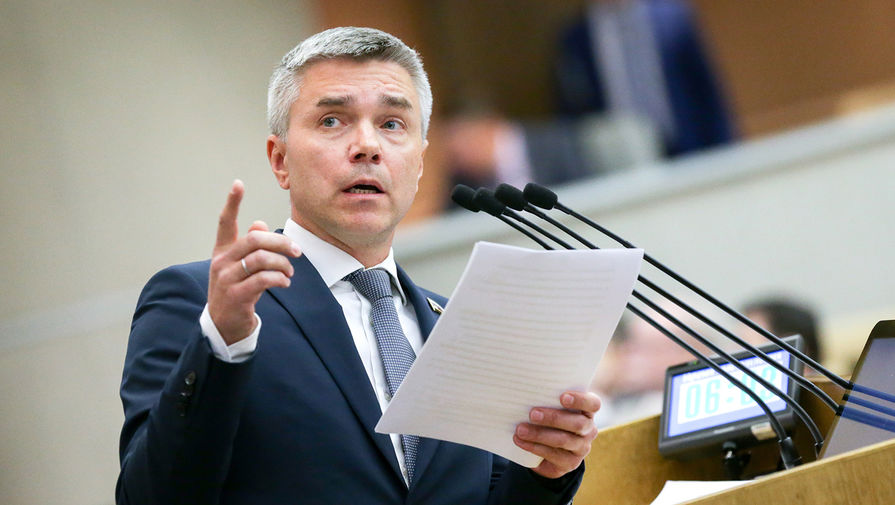 Депутат Ревенко предложил гонорары за фильмы про преступников перечислять их жертвам