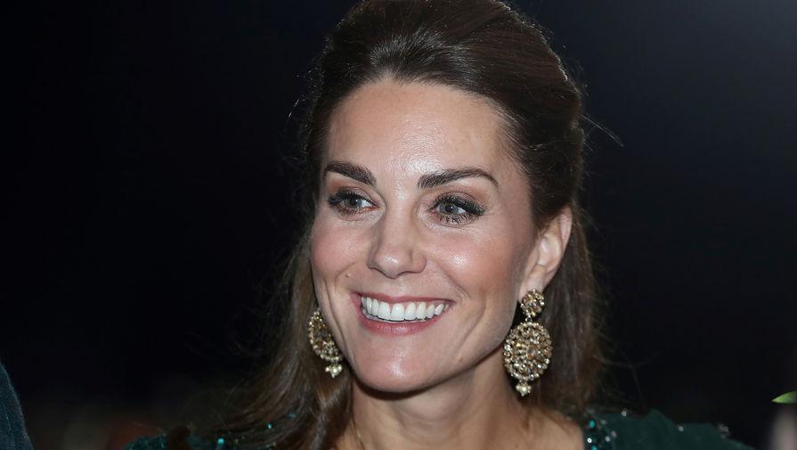 СМИ: Кейт Миддлтон взяла на себя функции принца Филиппа в королевской семье