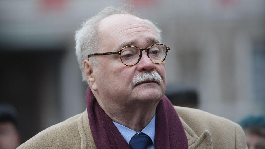 Бортко признался, что ему не хватает памятника Дзержинскому на Лубянке