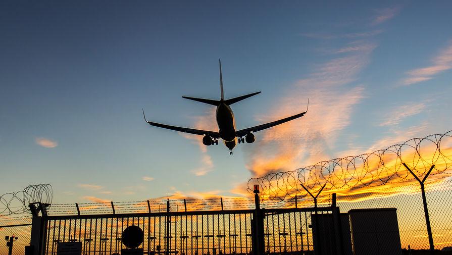 В Москве задержано и отменено более 10 рейсов