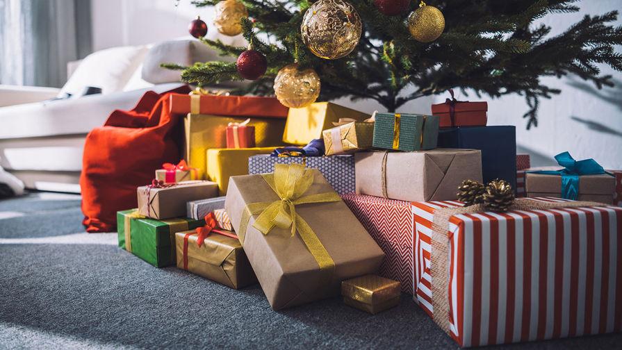 Россияне рассказали, какие подарки хотят получить на Новый год