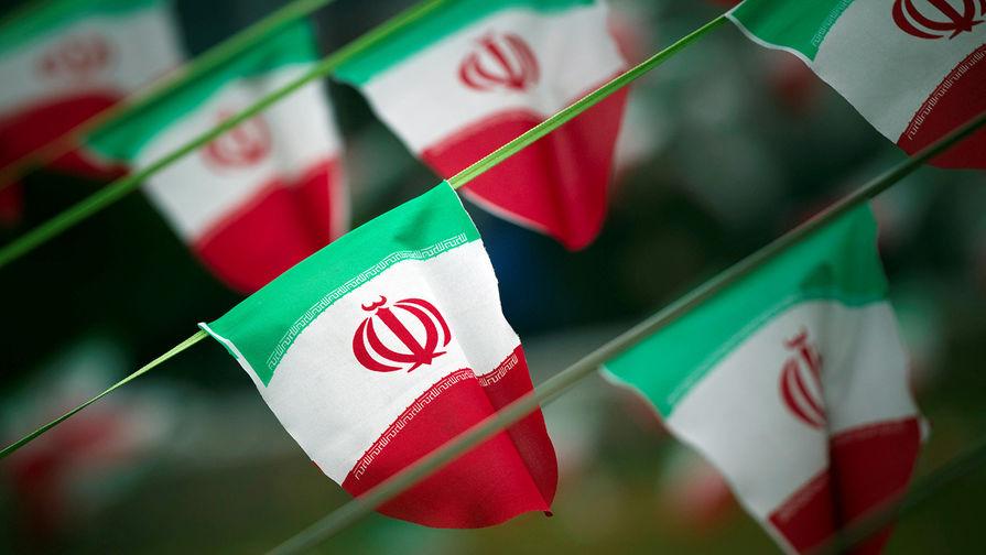СМИ: неизвестные напали на принадлежащее КСИР иранское судно в Красном море