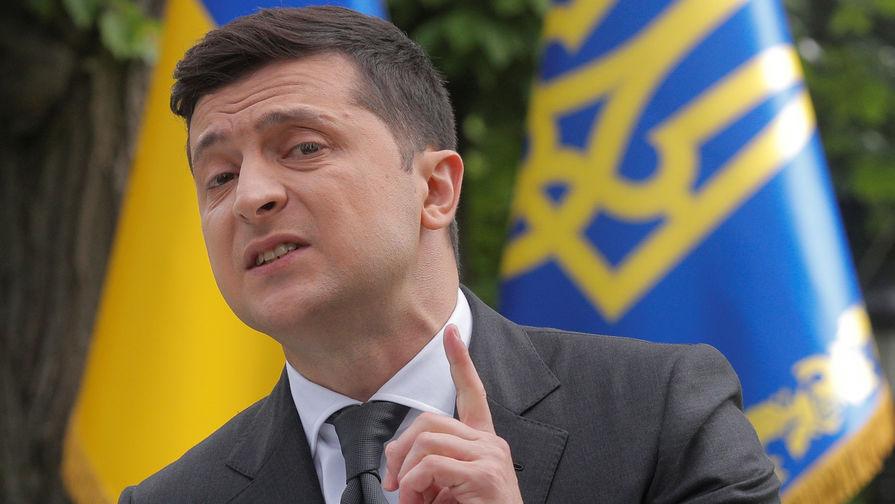 Зеленский отстранил главу Конституционного суда Украины на месяц