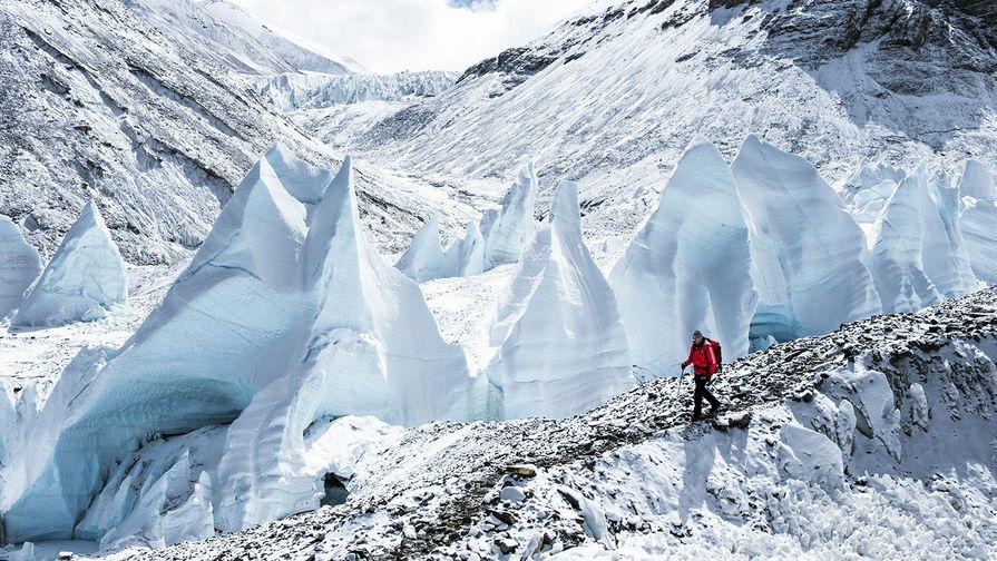 На Камчатке альпинист сорвался с вулкана и погиб