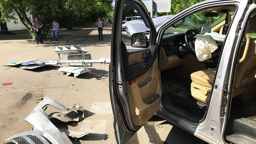 В массовой аварии в Москве пострадала консультант Госдумы