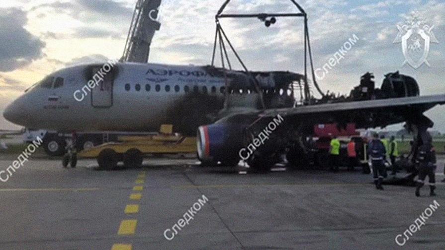 'Ъ': семьи погибших в катастрофе с SSJ-100 подали в суд на его производителей