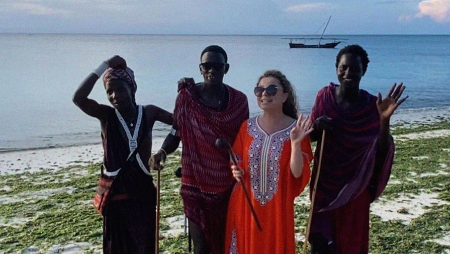 Наташа Королева рассказала, почему уехала от Тарзана на дикий остров