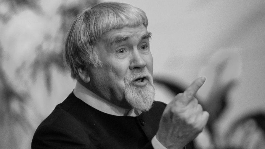 Умер известный литературный критик Валентин Курбатов