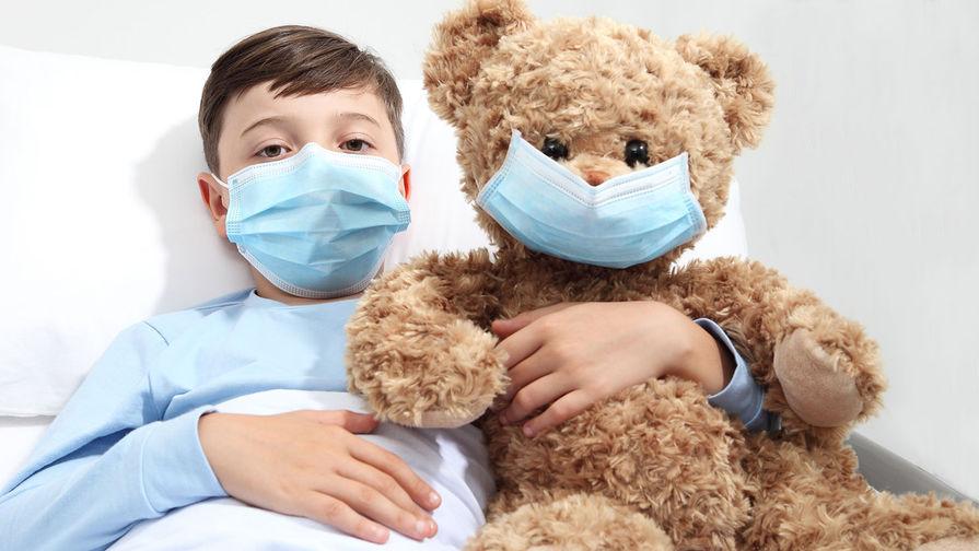 Названы симптомы 'британского' штамма COVID-19 у детей