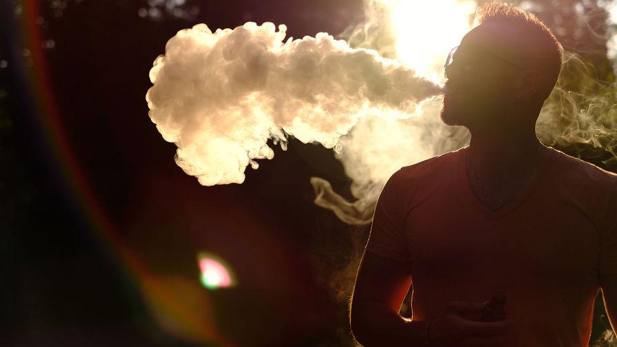 В РФ ограничили возможность покупки стиков и табака для кальяна через интернет