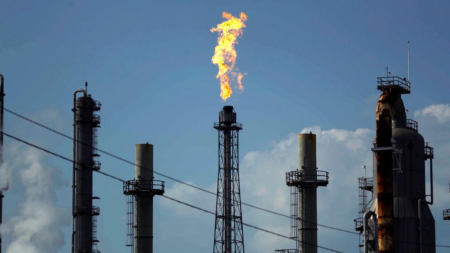 Цена нефти Brent превысила $56 за баррель впервые с 25 февраля