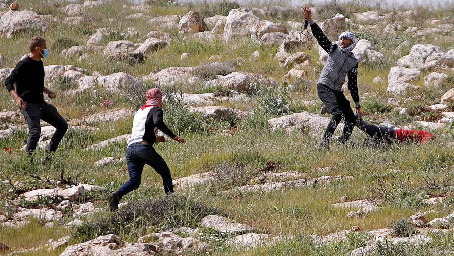 Израильские солдаты застрелили палестинца во время протестов