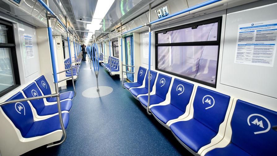 В метро Москвы заявили, что камеры в экранах не предназначены для поиска людей