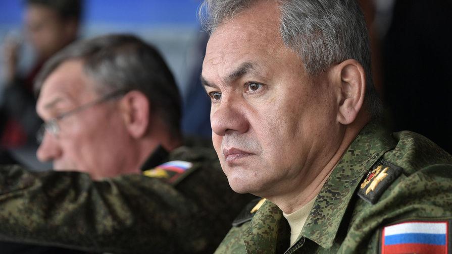Шойгу объявил проверку боевой готовности войск РФ