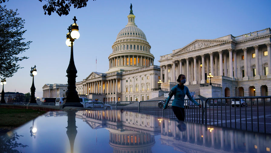 Сенаторы в США поругались из-за 'российской дезинформации'