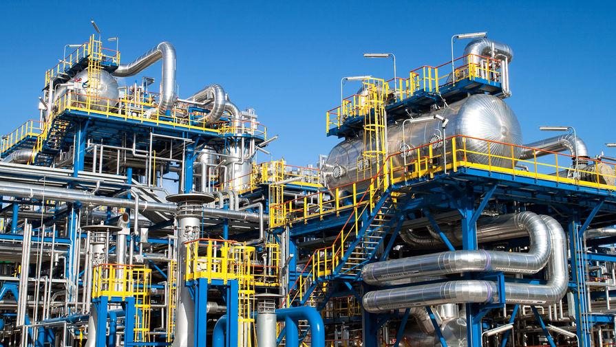 Цена нефти Urals превысила $50 за баррель впервые с февраля