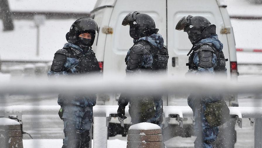 В России усилят охрану силовиков и их семей