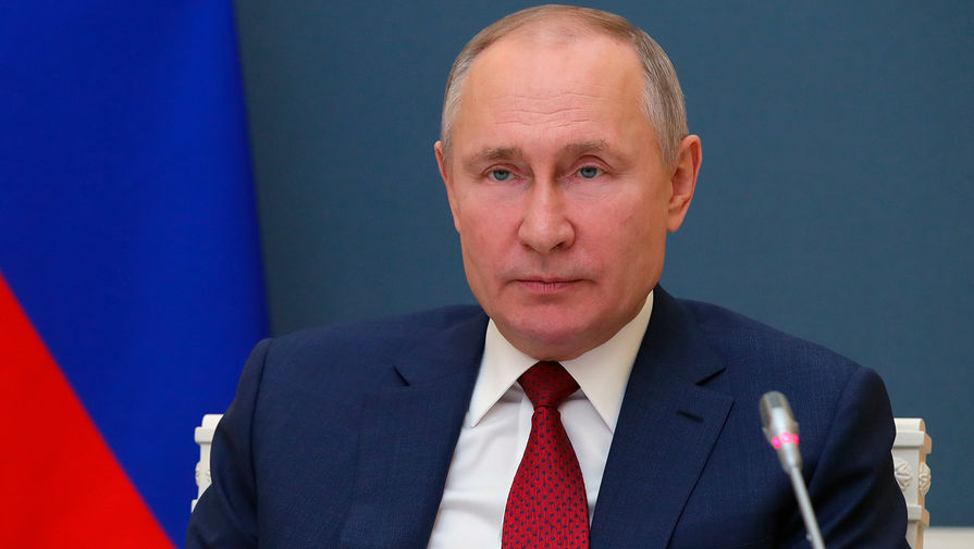 В Кремле рассказали, почему Путин все еще остается в звании полковника
